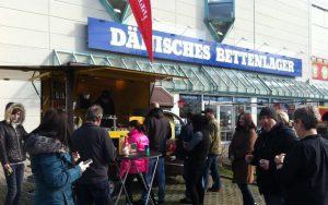 Stellplatz Imbisswagen Einkaufzentrum