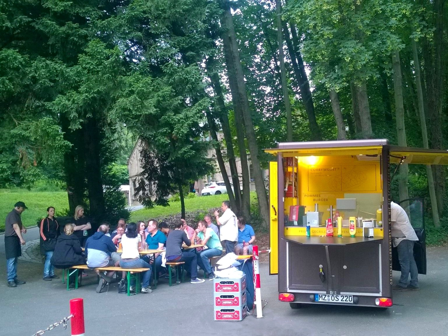 Currywurst Waldfest Party - Catering mit WOW-Effekt