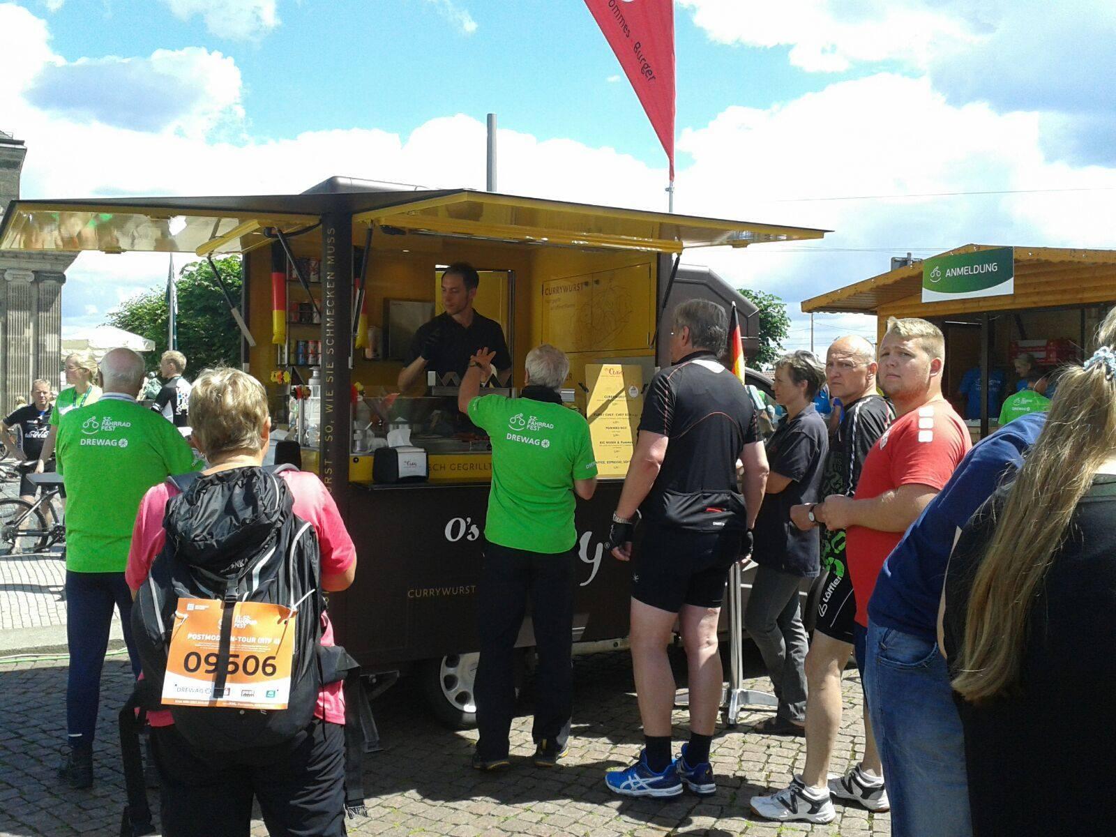 O's Curry Foodtruck Catering München, Köln, Berlin, Hamburg, Osnabrück, Mainz, Dresden, Catering, Event, Streetfood, Tour, Lieferservice, Liefando, Lieferheld